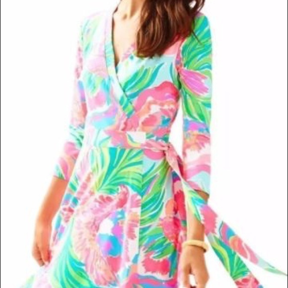 Lilly Pulitzer Dresses & Skirts - Lilly Pulitzer Emilia wrap dress XL NWT